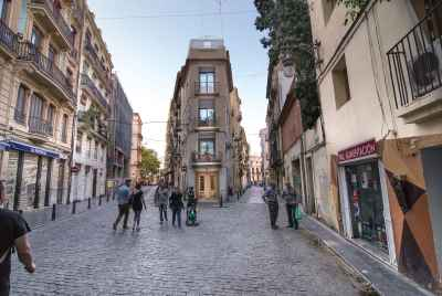 Building for sale in the center of Barcelona's Gothic Quarter